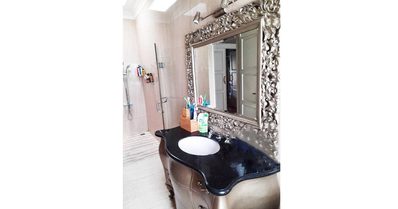 kamar mandi 8