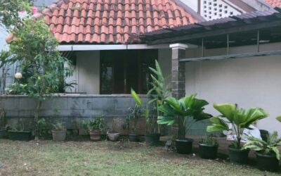 Rumah Klasik Nyaman & Asri Di Jakarta Selatan