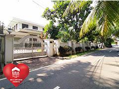 Rumah Tua Mewah di Permata Hijau, Jakarta Selatan